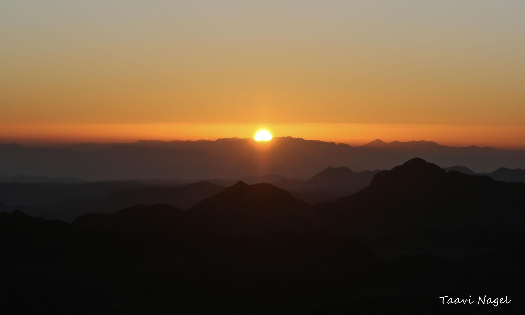 Püha päikestõus..¤ Moosese mägedes