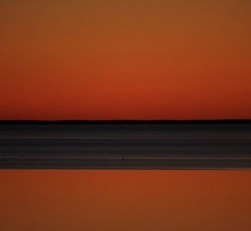 Õhtu järve kaldal..